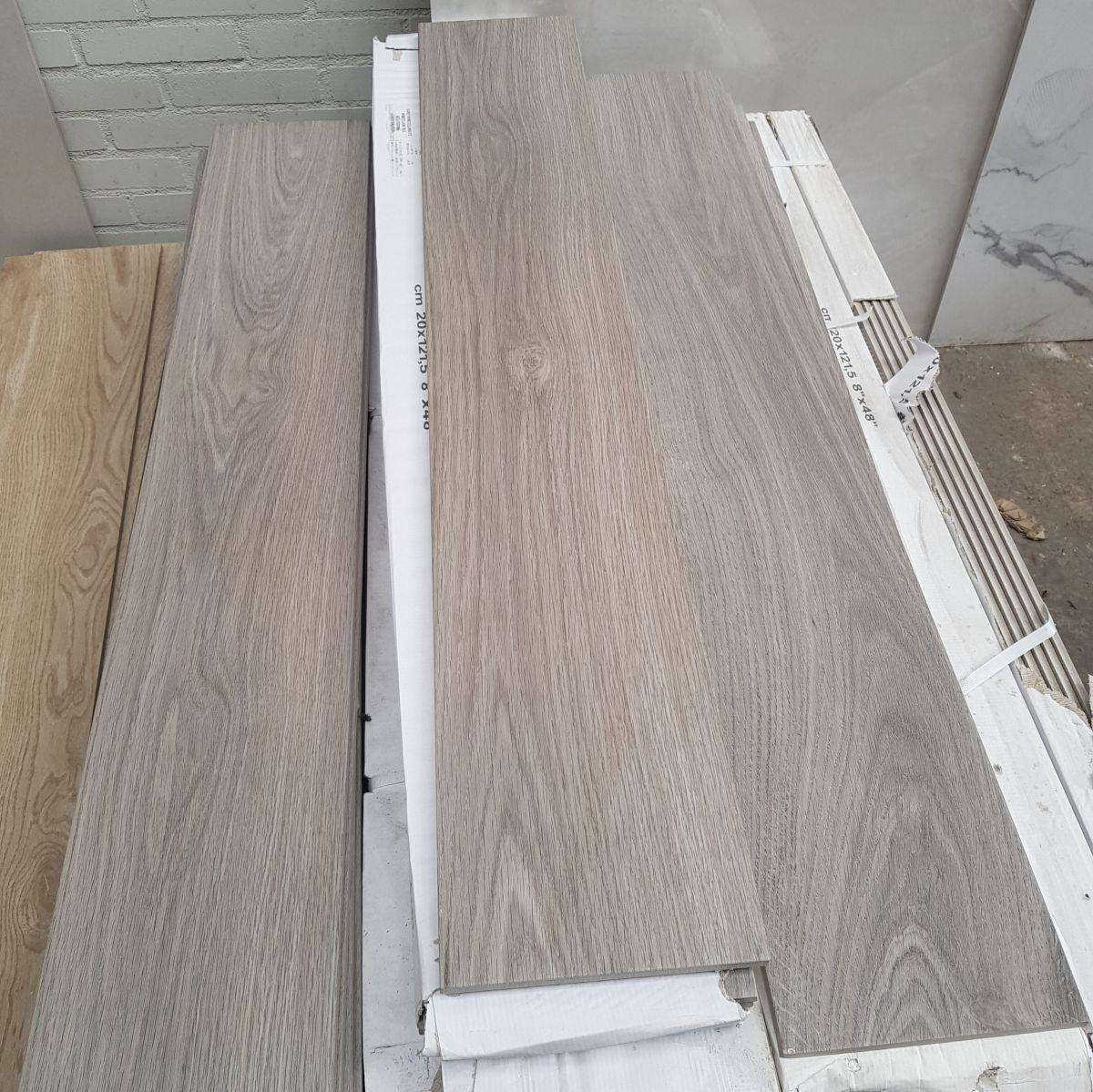 20x1215 cm houtlook restpartij tegels op is op