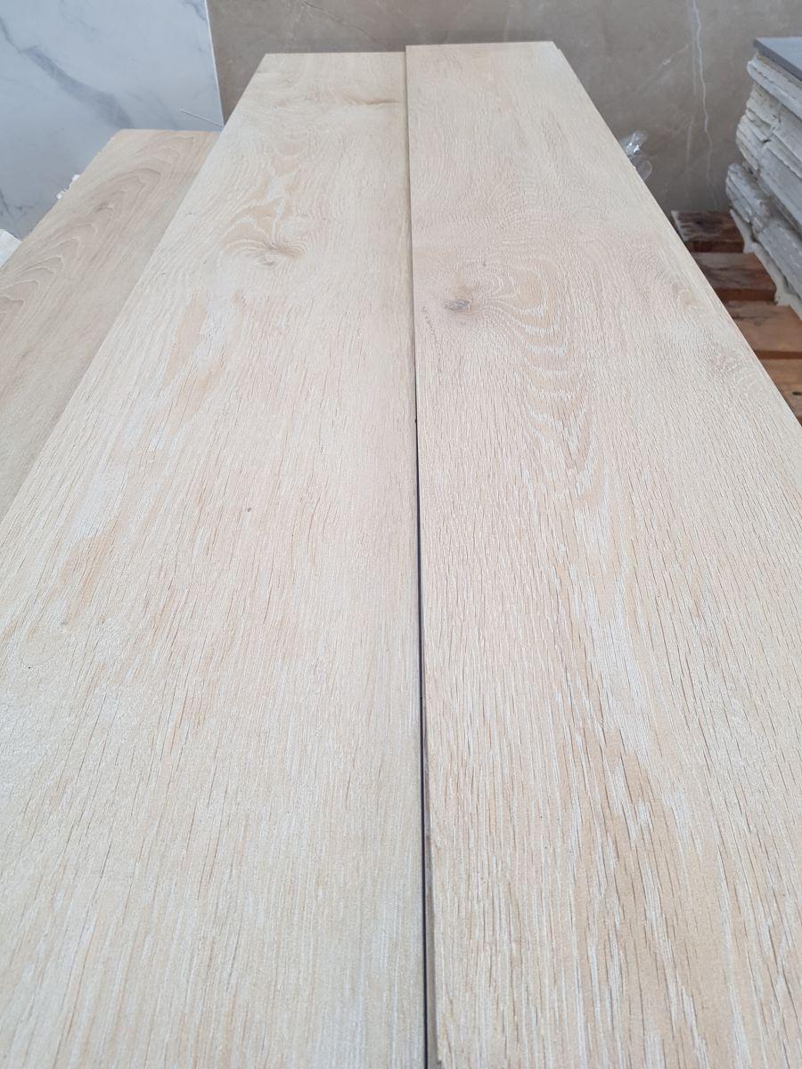 25x150 cm houtlook restpartij tegels op is op